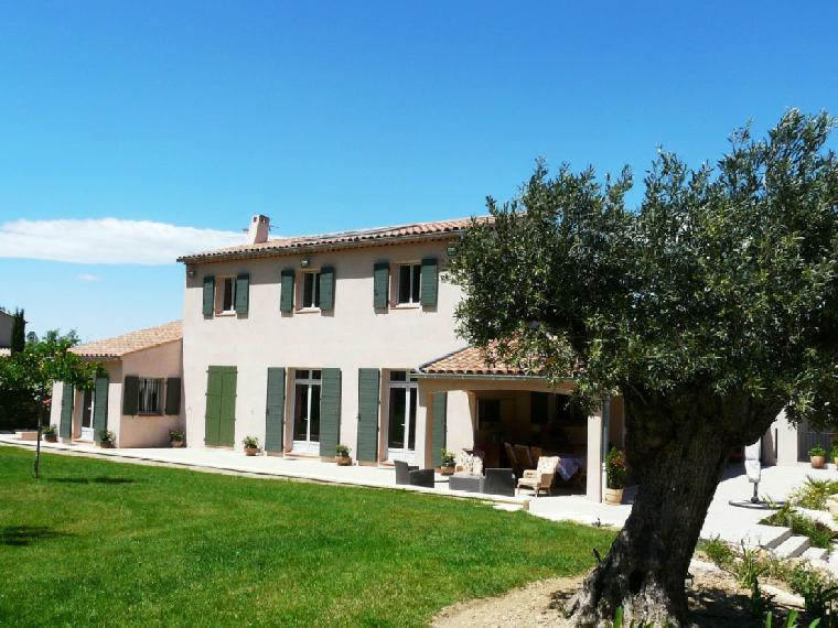 Location vacances villa aix en provence ref 1142 5 chambres for Chambre agriculture aix en provence