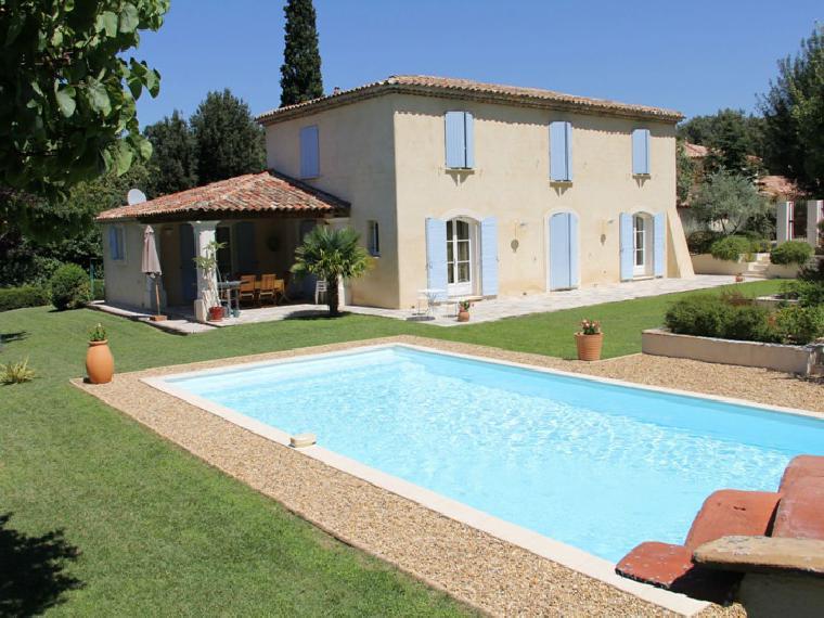 Location vacances villa aix en provence ref 711 4 chambres for Location vacances aix en provence avec piscine