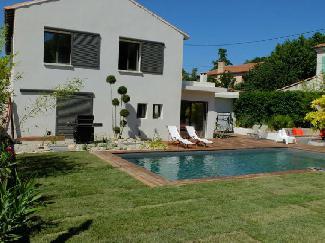 Belles Maisons Vacances A Louer En Provence Avec Piscine Privee